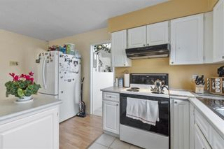 Photo 12: 6560 YEATS Crescent in Richmond: Woodwards House for sale : MLS®# R2625112