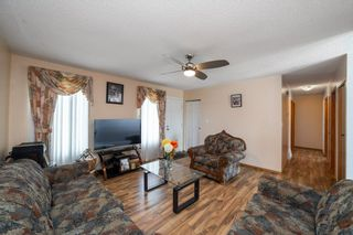 Photo 4: 9811 163 Avenue in Edmonton: Zone 27 House for sale : MLS®# E4226776