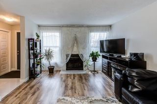 Photo 3: 1126 KNOTTWOOD Road E in Edmonton: Zone 29 Townhouse for sale : MLS®# E4241225