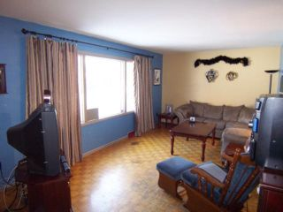 Photo 4: 1618 Pritchard Avenue in WINNIPEG: North End Residential for sale (North West Winnipeg)  : MLS®# 1103114