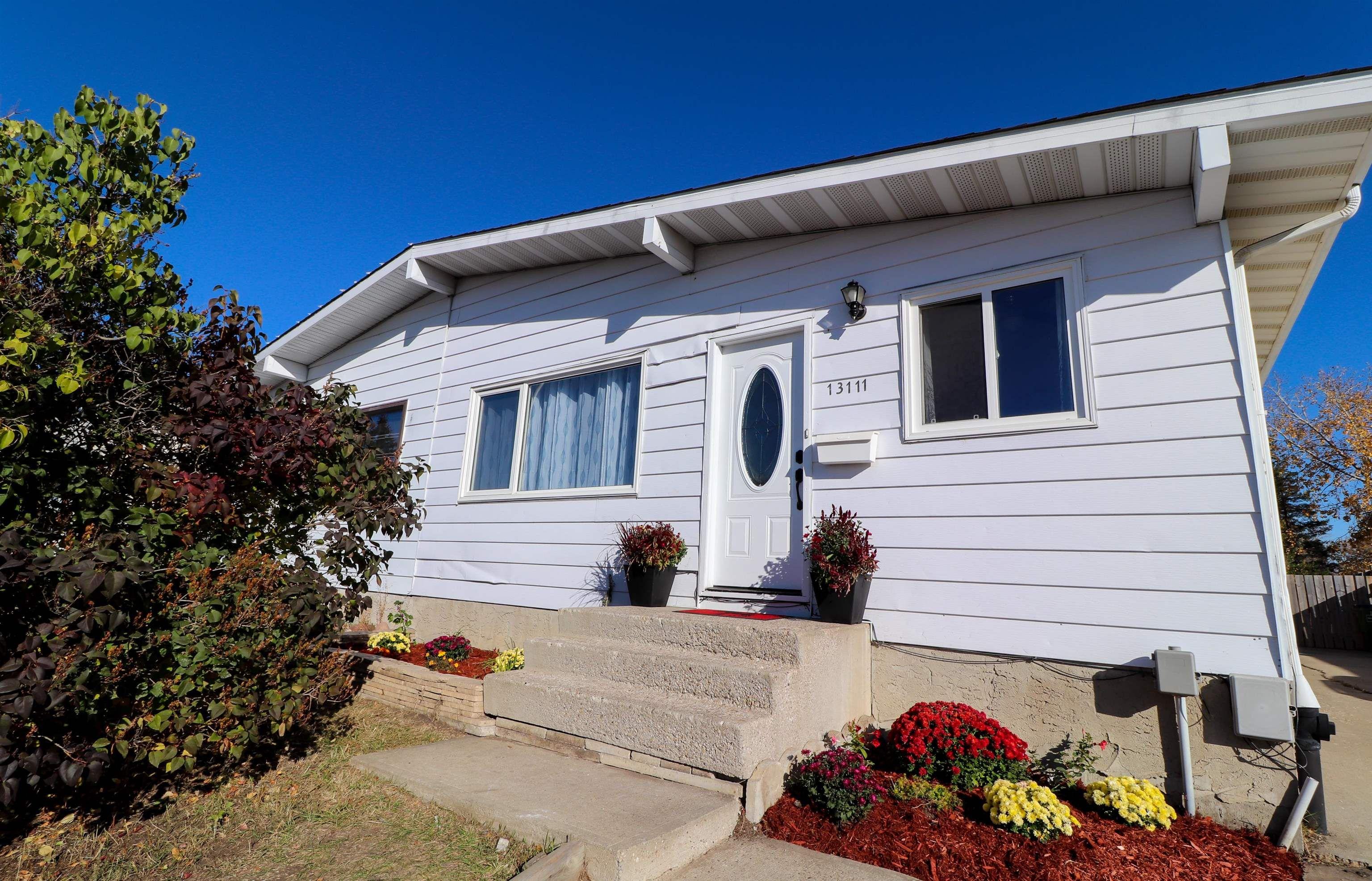 Main Photo: 13111 30 Street in Edmonton: Zone 35 House Half Duplex for sale : MLS®# E4266269