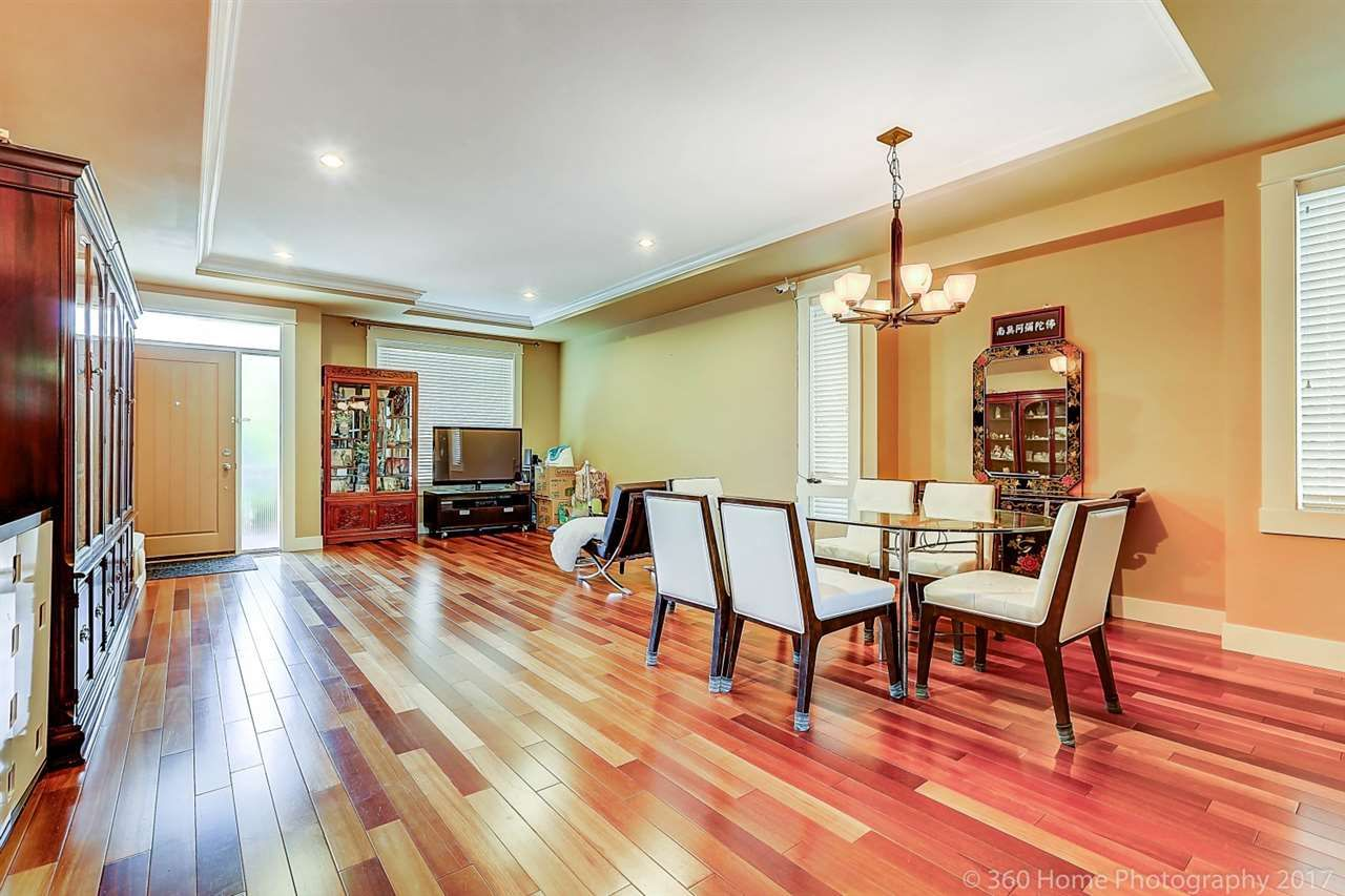 Photo 3: Photos: 8277 211 Street in Langley: Willoughby Heights House for sale : MLS®# R2208654