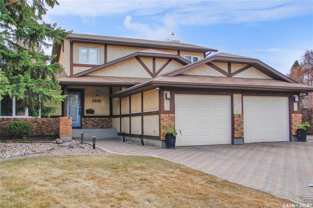 Main Photo: 2926 Huget Place in Regina: Gardiner Heights Residential for sale : MLS®# SK851966