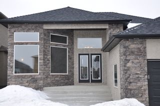 Photo 2: 58 Edenwood Place: Residential for sale : MLS®# 1104580