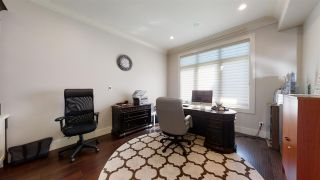 Photo 10: 5245 Mullen Crest in Edmonton: Zone 14 House for sale : MLS®# E4236979