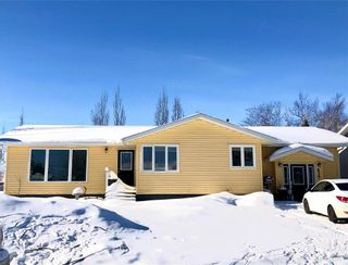 Photo 1: 439 4th Street West in Carrot River: Residential for sale : MLS®# SK841483