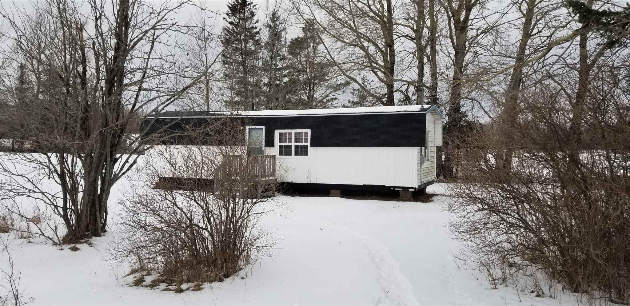 Main Photo: 3933 6 Highway in Amherst Head: 102N-North Of Hwy 104 Residential for sale (Northern Region)  : MLS®# 202102211