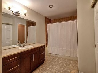 Photo 23: 4321 Riverbend Road in Edmonton: Zone 14 Townhouse for sale : MLS®# E4248105