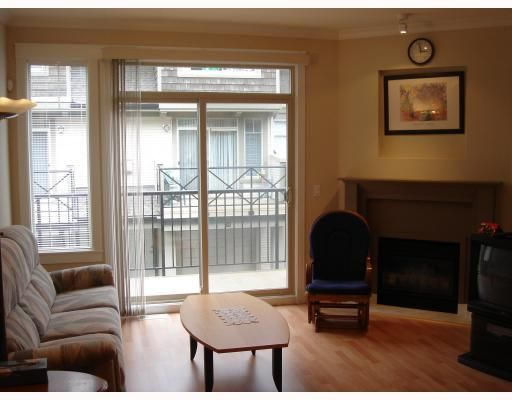 """Photo 4: Photos: 22 6233 BIRCH Street in Richmond: McLennan North Townhouse for sale in """"HAMPTONS GATE"""" : MLS®# V689042"""