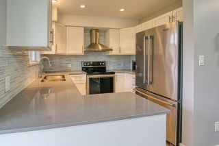 """Photo 6: 22 689 PARK Road in Gibsons: Gibsons & Area Condo for sale in """"Parkrise"""" (Sunshine Coast)  : MLS®# R2467686"""