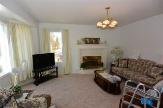 Photo 3: 3608 ALFRED Avenue in Smithers: Smithers - Town House for sale (Smithers And Area (Zone 54))  : MLS®# R2217028