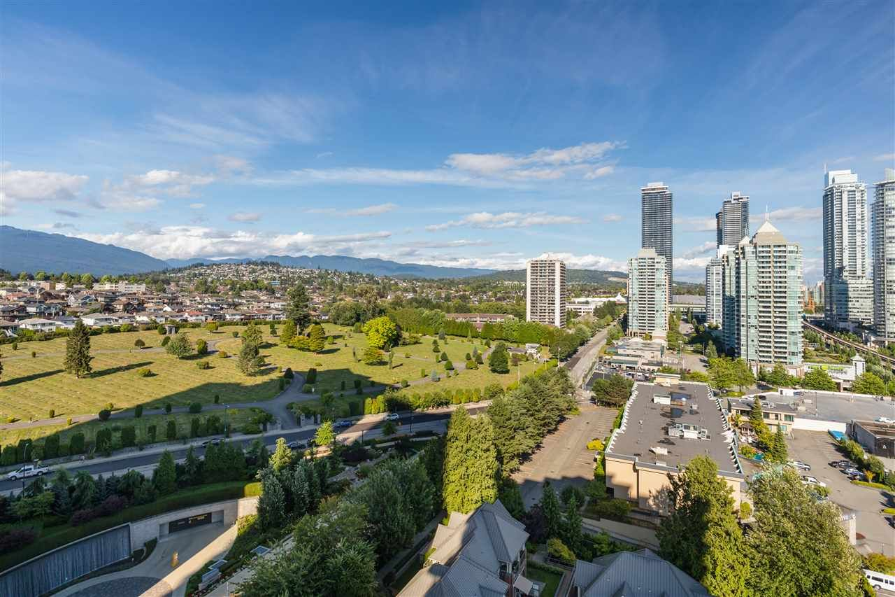 "Photo 24: Photos: 1904 4132 HALIFAX Street in Burnaby: Brentwood Park Condo for sale in ""Marquis Grand"" (Burnaby North)  : MLS®# R2501540"