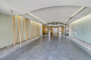 Photo 2: 408 122 E 3RD STREET in North Vancouver: Lower Lonsdale Condo for sale : MLS®# R2393427
