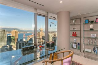 """Photo 7: 3202 667 HOWE Street in Vancouver: Downtown VW Condo for sale in """"Private Residences at Hotel Georgia"""" (Vancouver West)  : MLS®# R2604154"""