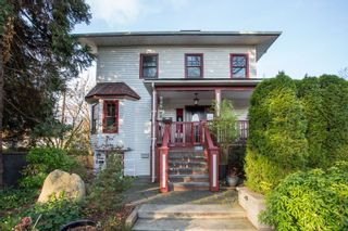Photo 1: 1909 PARKER Street in Vancouver: Grandview VE House for sale (Vancouver East)  : MLS®# R2322501