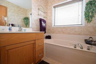 Photo 28: 12 Courland Bay in Winnipeg: West Kildonan / Garden City Residential for sale (North West Winnipeg)  : MLS®# 1616828