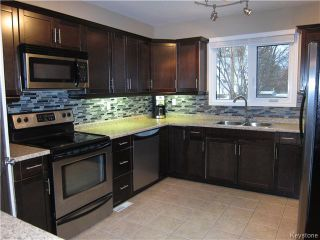 Photo 5: 377 Mandeville Street in WINNIPEG: St James Residential for sale (West Winnipeg)  : MLS®# 1530269