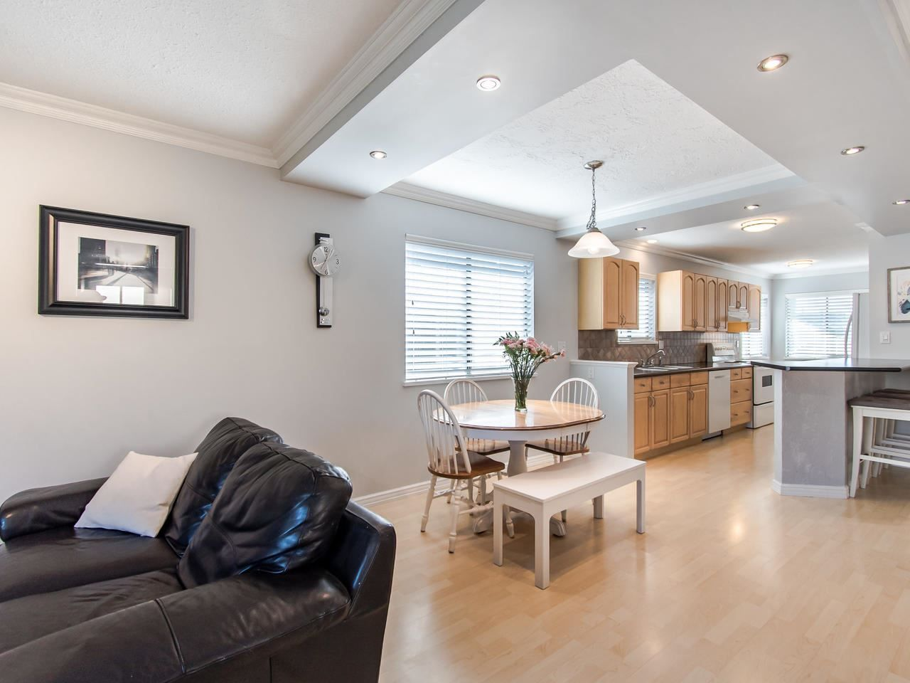 """Photo 4: Photos: 2508 WILDING Crescent in Langley: Willoughby Heights House for sale in """"LANGLEY MEADOWS"""" : MLS®# R2437642"""