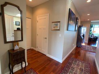 "Photo 11: 10 5780 TRAIL Avenue in Sechelt: Sechelt District Condo for sale in ""Tradewinds"" (Sunshine Coast)  : MLS®# R2476578"