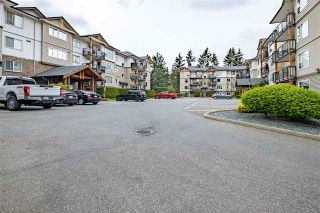 """Photo 1: 416 2955 DIAMOND Crescent in Abbotsford: Abbotsford West Condo for sale in """"WESTWOOD"""" : MLS®# R2572304"""