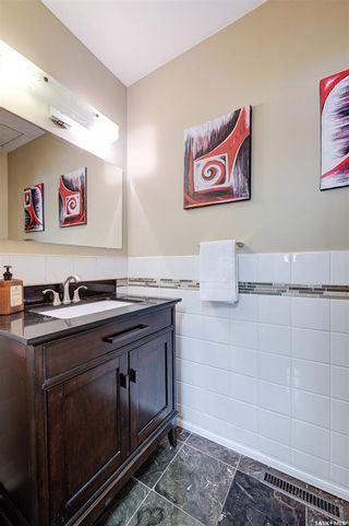 Photo 7: 1033 9th Street East in Saskatoon: Varsity View Residential for sale : MLS®# SK871869
