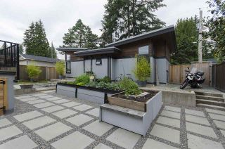 Photo 31: 328 E 22ND Street in North Vancouver: Central Lonsdale House for sale : MLS®# R2084108