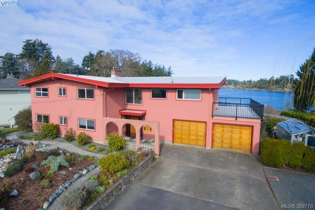 Main Photo: 2775 Shoreline Dr in VICTORIA: VR Glentana House for sale (View Royal)  : MLS®# 783259