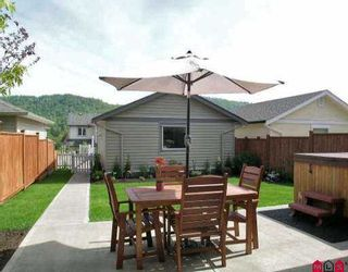 """Photo 7: 36272 STEPHEN LEACOCK DR in Abbotsford: Abbotsford East House for sale in """"Auguston"""" : MLS®# F2609732"""
