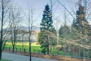 """Photo 10: 104 1139 W CORDOVA Street in Vancouver: Coal Harbour Townhouse for sale in """"HARBOUR GREEN TWO"""" (Vancouver West)  : MLS®# R2582244"""