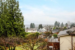Photo 15: 316 DEVOY Street in New Westminster: The Heights NW House for sale : MLS®# R2030645
