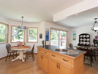 Photo 8: 1057 CENTRE ROAD in North Qualicum: House for sale : MLS®# 424675