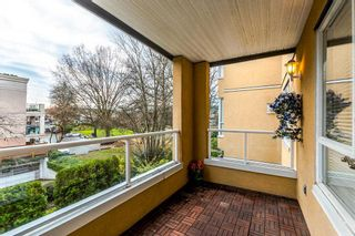 """Photo 19: 201 2340 HAWTHORNE Avenue in Port Coquitlam: Central Pt Coquitlam Condo for sale in """"BARRINGTON PLACE"""" : MLS®# R2224366"""