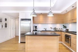 "Photo 7: 1901 1055 HOMER Street in Vancouver: Yaletown Condo for sale in ""DOMUS"" (Vancouver West)  : MLS®# R2245157"