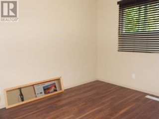Photo 13: 10307 102 Avenue in High Level: House for sale : MLS®# A1130197
