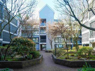 """Photo 6: 24 1345 W 4TH Avenue in Vancouver: False Creek Townhouse for sale in """"Granville Island Village"""" (Vancouver West)  : MLS®# R2564890"""