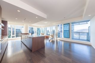 "Photo 8: 2907 1011 W CORDOVA Street in Vancouver: Coal Harbour Condo for sale in ""FAIRMONT PACIFIC RIM"" (Vancouver West)  : MLS®# R2524898"