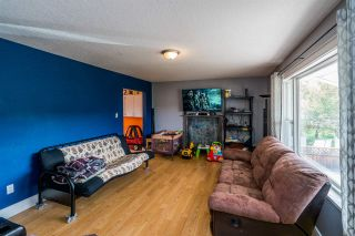 Photo 3: 1870 6TH Avenue in Prince George: Crescents House for sale (PG City Central (Zone 72))  : MLS®# R2376748
