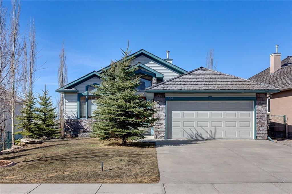 Main Photo: 206 GLENEAGLES View: Cochrane House for sale : MLS®# C4181281