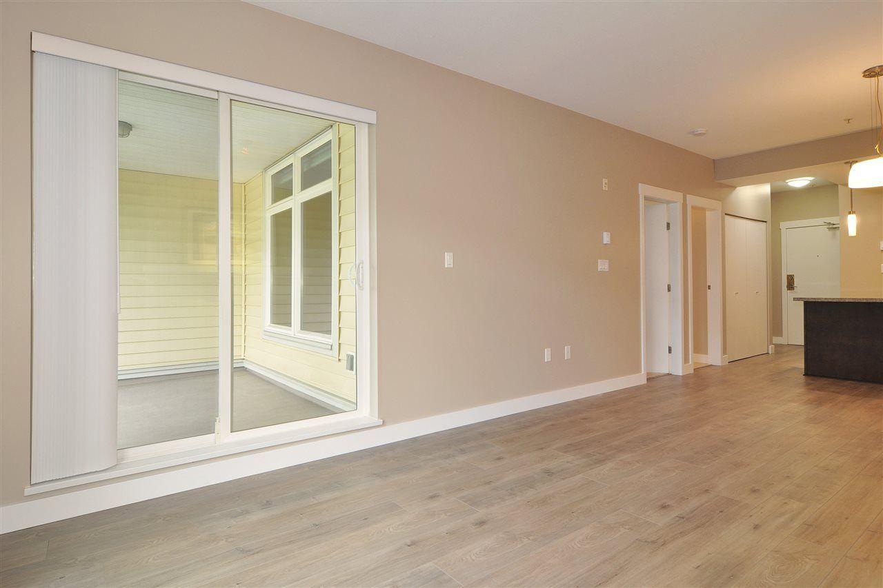 Photo 5: Photos: 213 2368 MARPOLE Avenue in Port Coquitlam: Central Pt Coquitlam Condo for sale : MLS®# R2179185