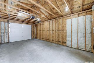 Photo 37: 401 25th Street West in Saskatoon: Caswell Hill Residential for sale : MLS®# SK870173