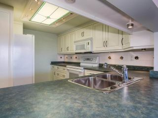"""Photo 9: 1707 6070 MCMURRAY Avenue in Burnaby: Forest Glen BS Condo for sale in """"LA MIRAGE"""" (Burnaby South)  : MLS®# R2443753"""