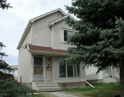 Main Photo:  in CALGARY: Riverbend Residential Detached Single Family for sale (Calgary)  : MLS®# C3171151