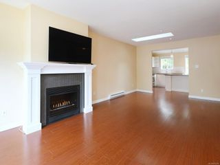 Photo 4: 75 14 Erskine Lane in : VR Hospital Row/Townhouse for sale (View Royal)  : MLS®# 876375