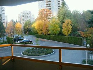 """Photo 5: 6152 KATHLEEN Ave in Burnaby: Metrotown Condo for sale in """"THE EMBASSY"""" (Burnaby South)  : MLS®# V619015"""