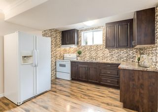 Photo 4: 3411 Doverthorn Road SE in Calgary: Dover Semi Detached for sale : MLS®# A1126939