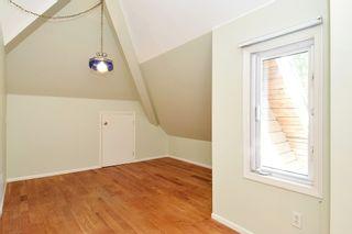 Photo 16: 12141 SULLIVAN Street in Surrey: Crescent Bch Ocean Pk. House for sale (South Surrey White Rock)  : MLS®# R2375674