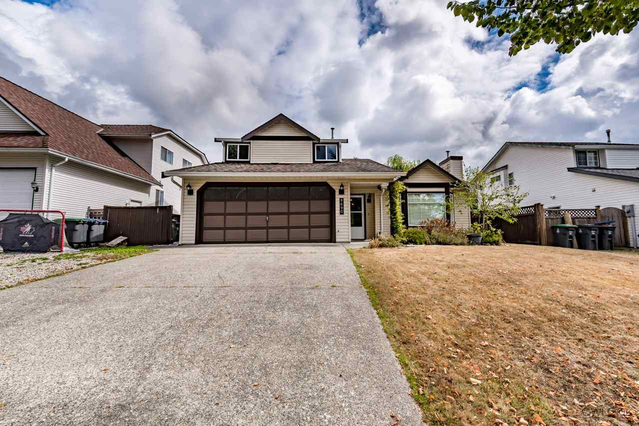 Main Photo: 8690 149 Street in Surrey: Bear Creek Green Timbers House for sale : MLS®# R2210042