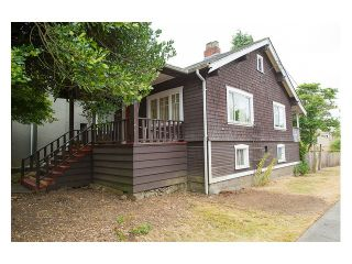 """Photo 2: 3696 W 2ND Avenue in Vancouver: Kitsilano House for sale in """"Kitsilano"""" (Vancouver West)  : MLS®# V1090176"""