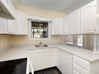 Photo 7: 2832 Jacklin Rd in : La Langford Proper Half Duplex for sale (Langford)  : MLS®# 854247