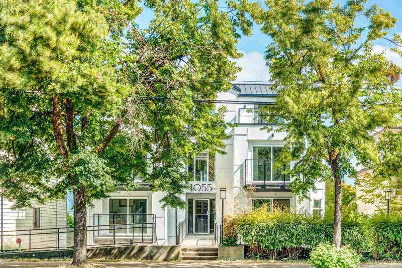 FEATURED LISTING: 302 - 1055 BROADWAY East Vancouver